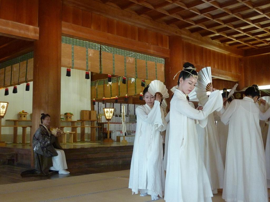 アマミ舞の奉納のアイキャッチ画像